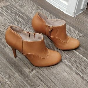 Rockport by Adidas Tan Leather Booties Size 9